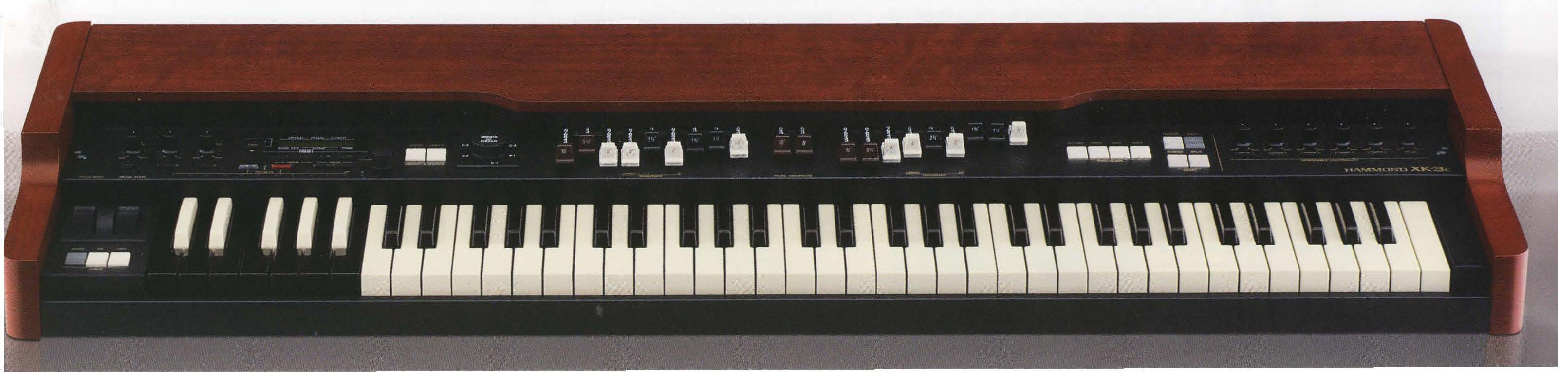 Hammond XK3C Organ ~ drum sets and keyboard
